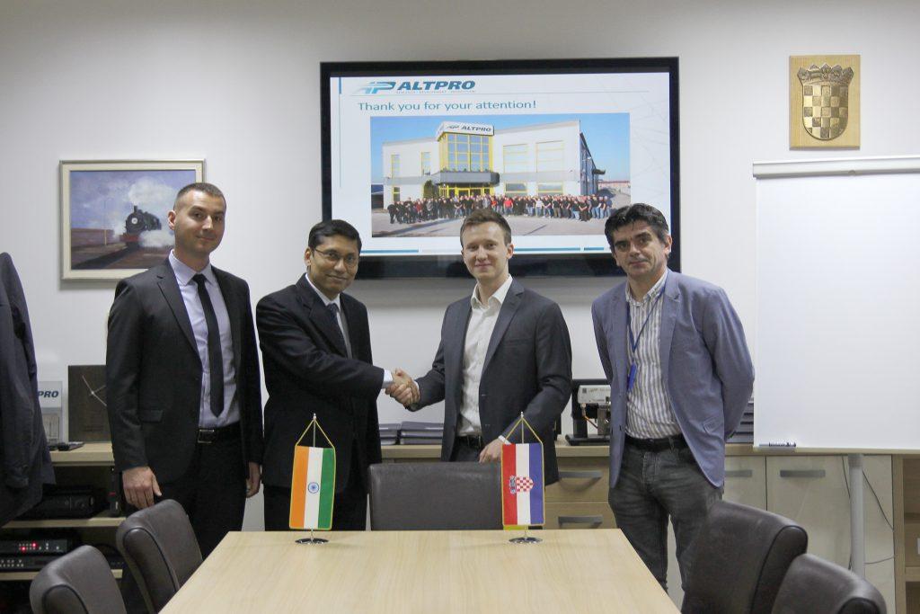 Altpro-indijski-ambasador
